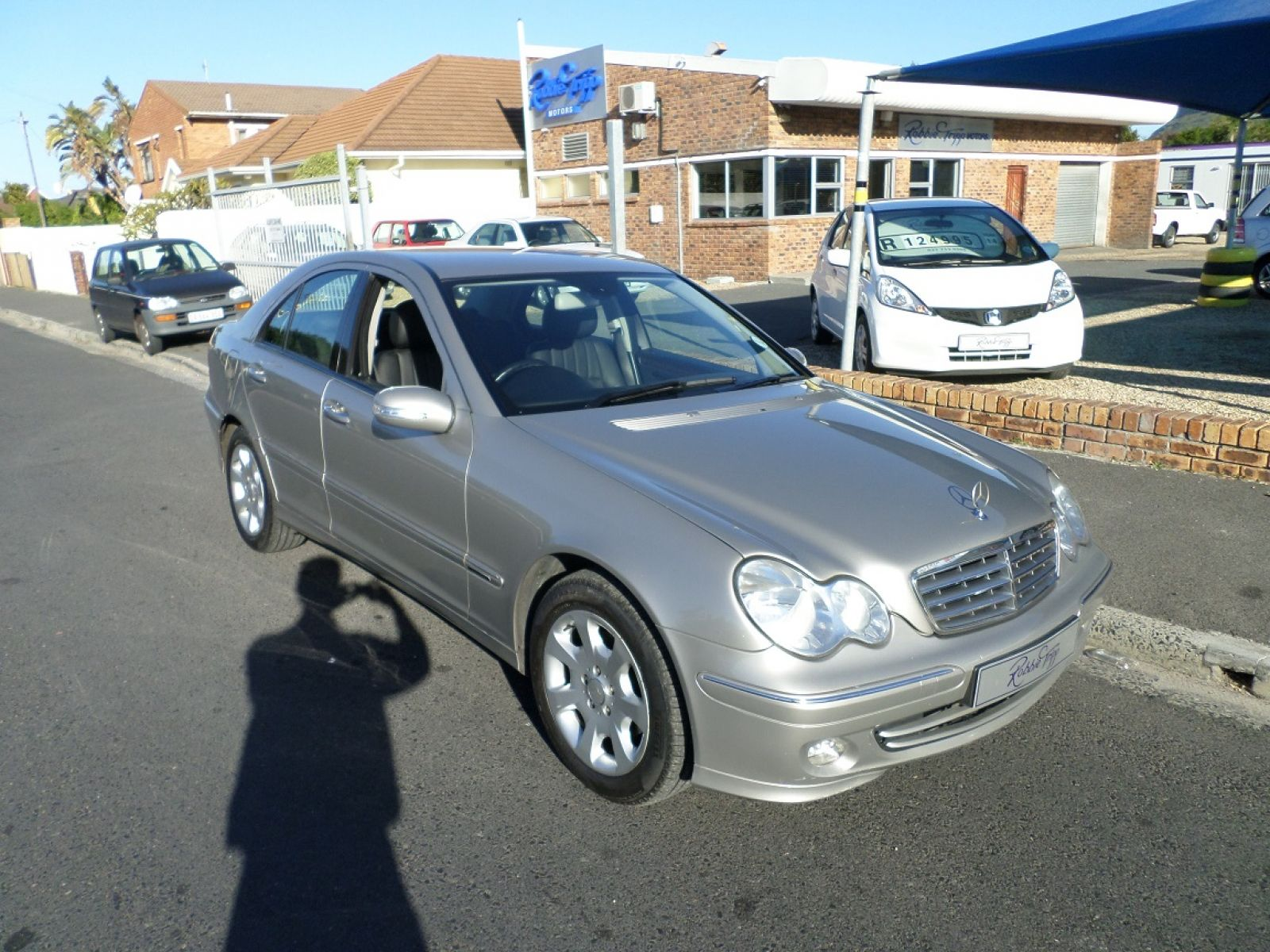 MERCEDES-BENZ C-CLASS SEDAN 2005