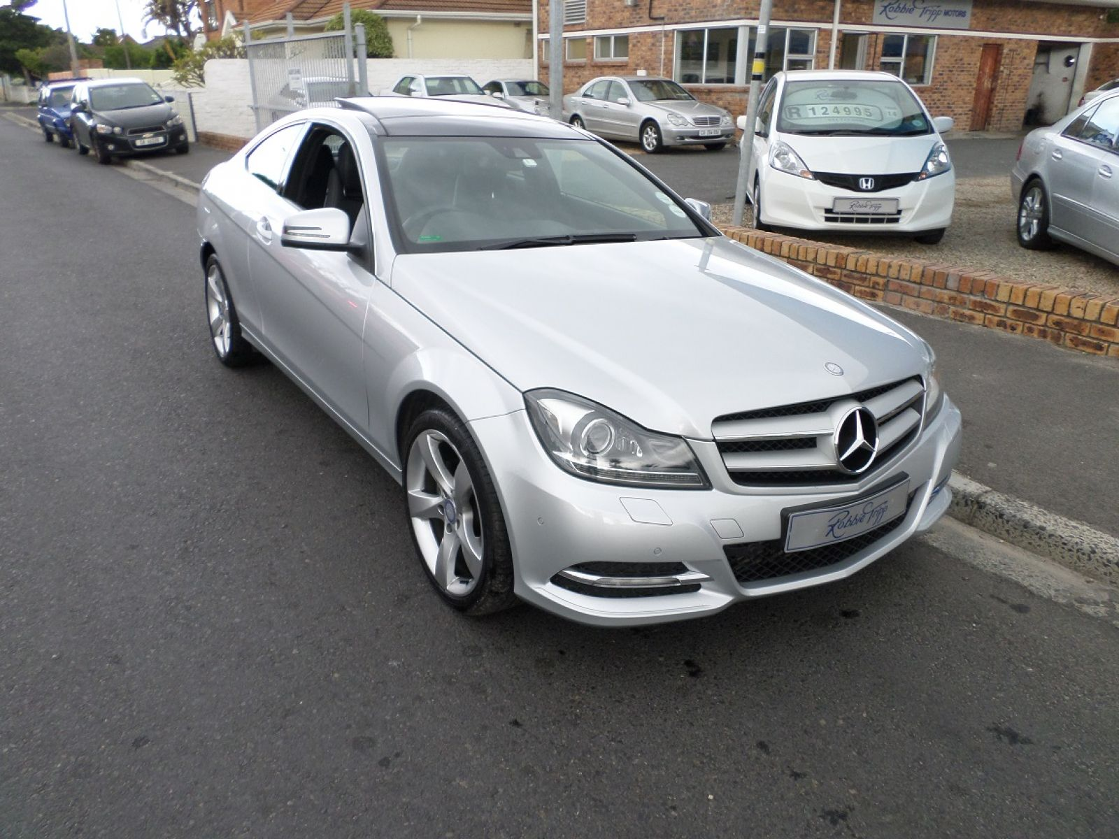 C class coupe c250 be coupe a t specifications for Mercedes benz oil change interval