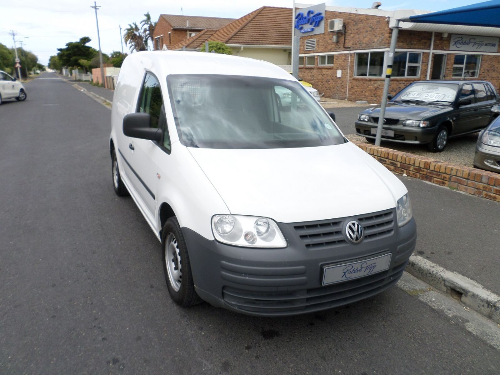 VOLKSWAGEN CADDY PANEL VAN 2010